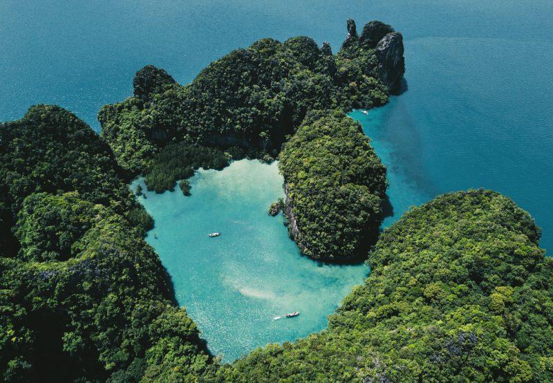 Hidden islands in Thailand — Koh Hong